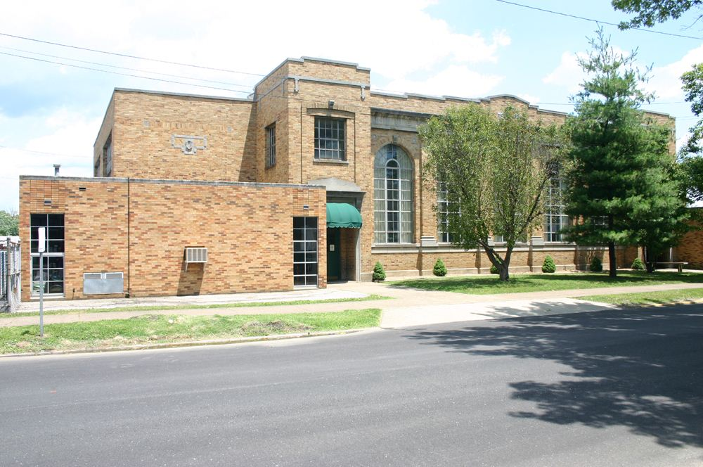 The 1926 building was the longest-lasting portion of the school complex. Image obtained from Locations Hub.