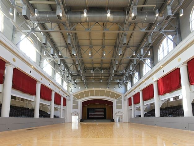 Event hall in the building that takes part in various venues such as weddings, political campaigns, and charity events