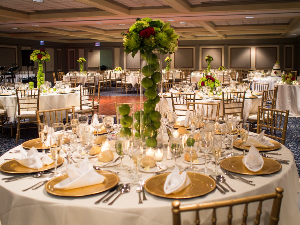 You can see how it has become a highly demanded venue for large events such as weddings and banquets in this photo from the inn's website.