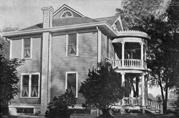 R.M. Tucker home - Orange City, Florida. ca 1910. Black & white photonegative. State Archives of Florida, Florida Memory. Accessed 2 Aug. 2019.<https://www.floridamemory.com/items/show/145556>.