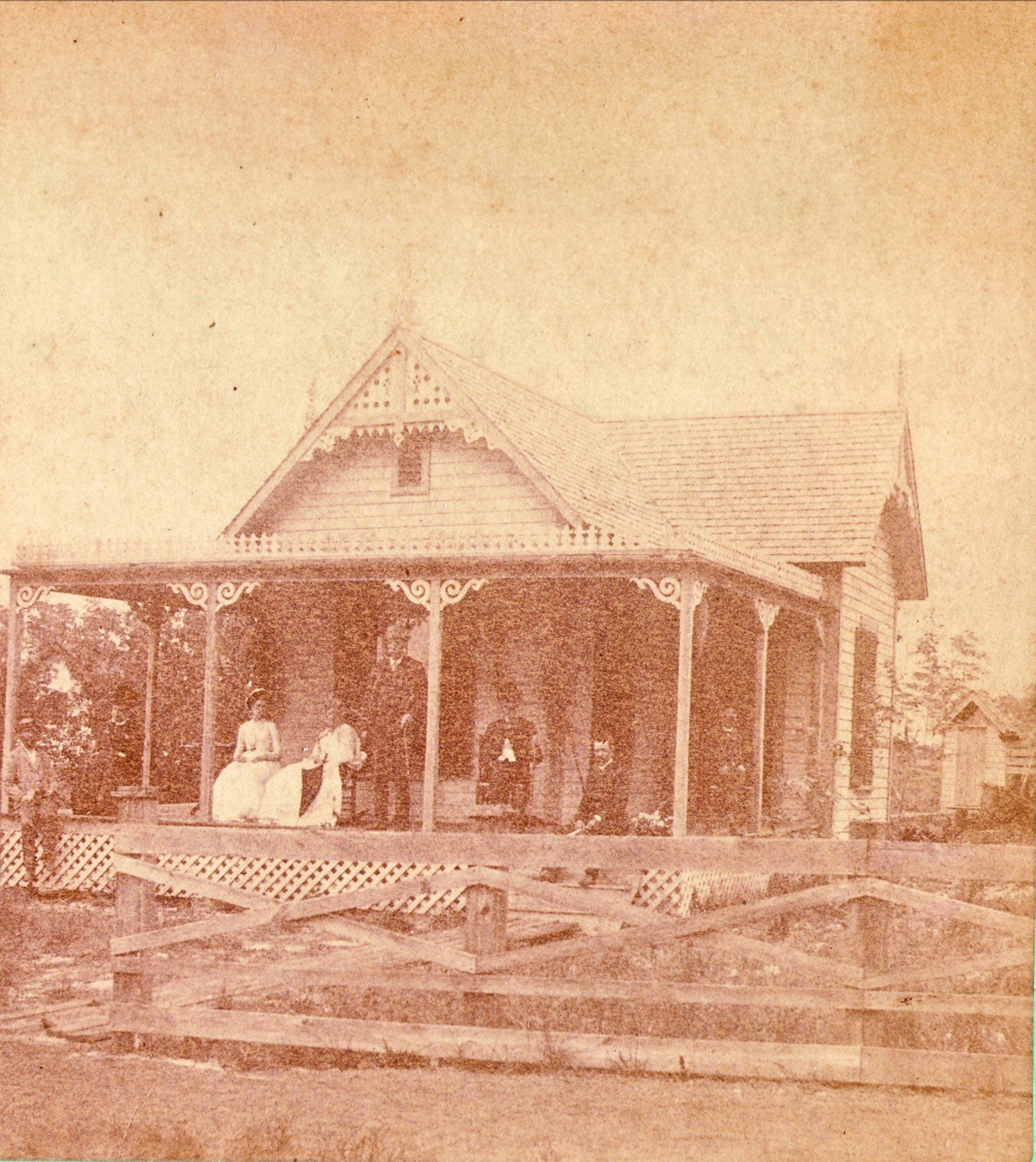 John and Miranda Graham Home at 246 North Oak Avenue. Photographed by Moses M. & Wm. H. Gardner. (c.1894) Photograph courtesy of City of Orange City, FL.