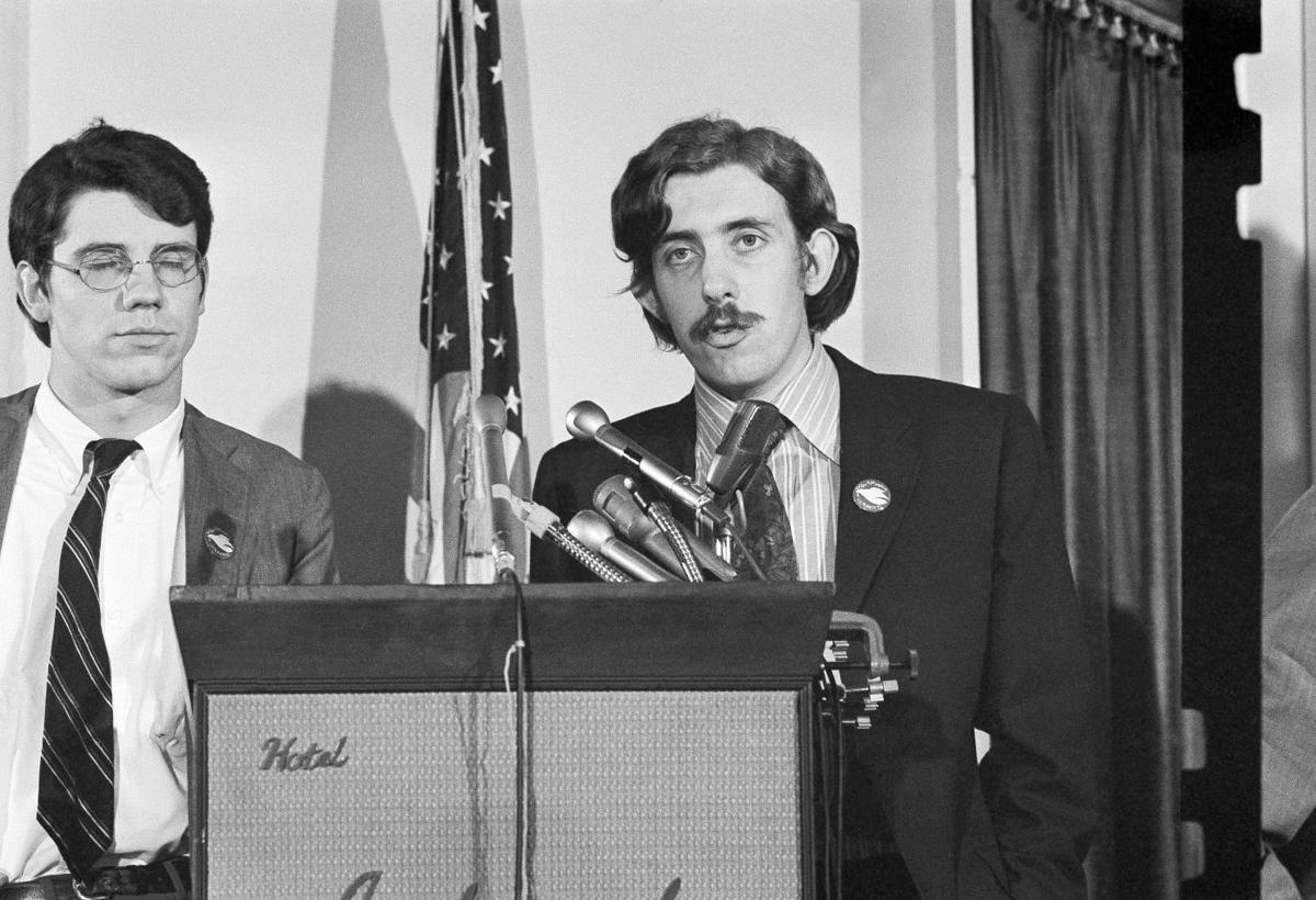 David Hawk, left, and Sam Brown of the Vietnam Moratorium committee tell newsmen in Washington, Sept. 27, 1969 of what they say to the response to President troop withdrawal, draft charges on Fridays news conference. They called for a Vietnam demonst