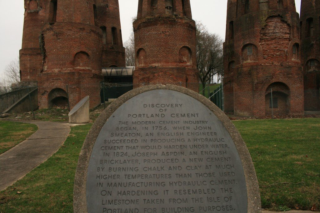 """An informational placard describes the """"Discovery of Portland Cement"""" in the Lehigh Valley."""