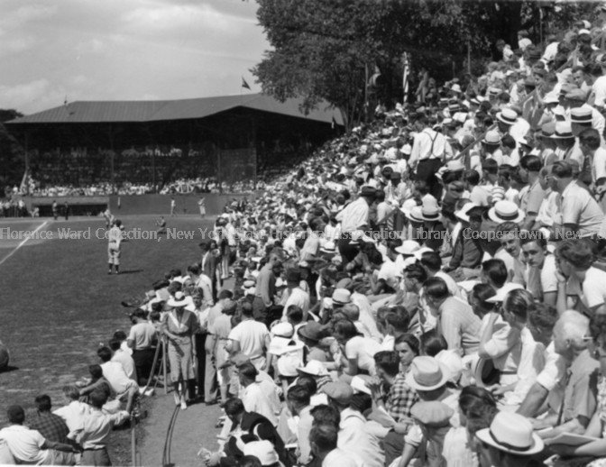 Current grandstand and seating arrangement, which opened in 1939, allowing the field to house nearly 10,000 spectators.