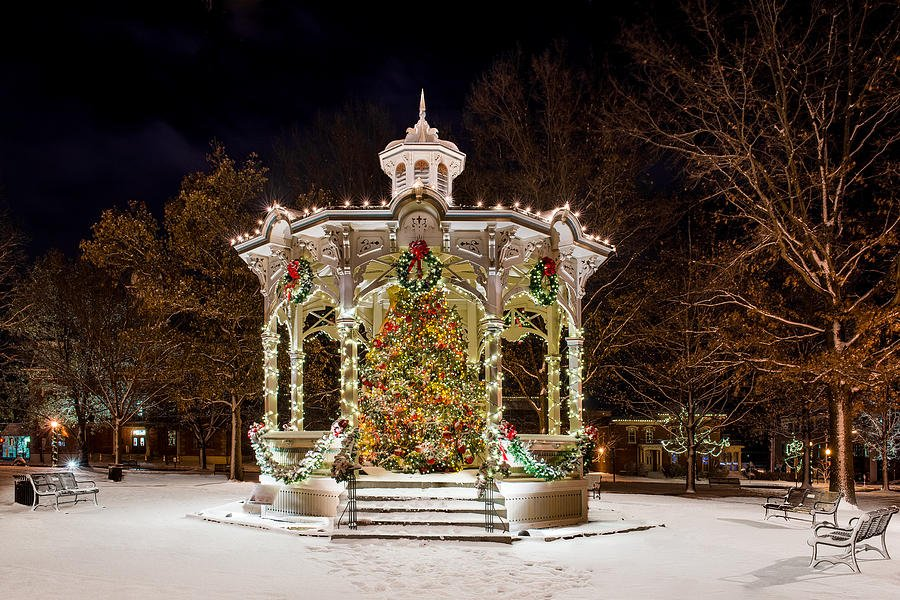 The Medina Gazebo (in the middle of uptown park) lit up in holiday fashion during the winter months.