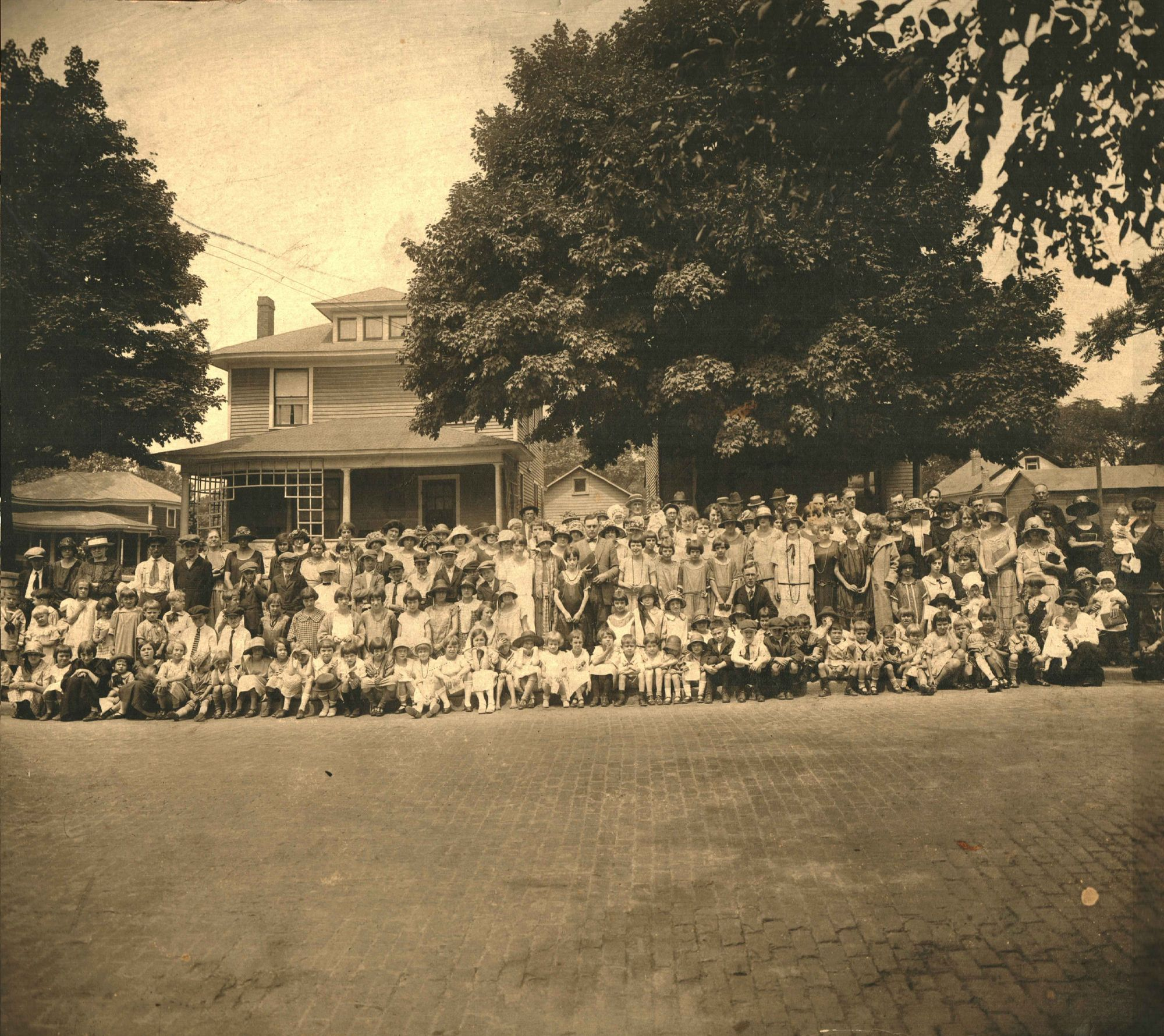 Congregation in the summer of 1924, on Main Street opposite of the church.