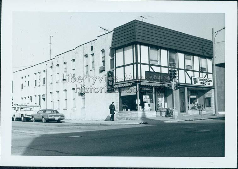 The Paint Pub and Trendon Photo, circa 1974-1976