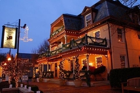Photo of the inn in the evening during the Christmas season, taken by the owner