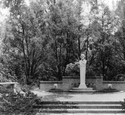 Image of the English Garden in 1936