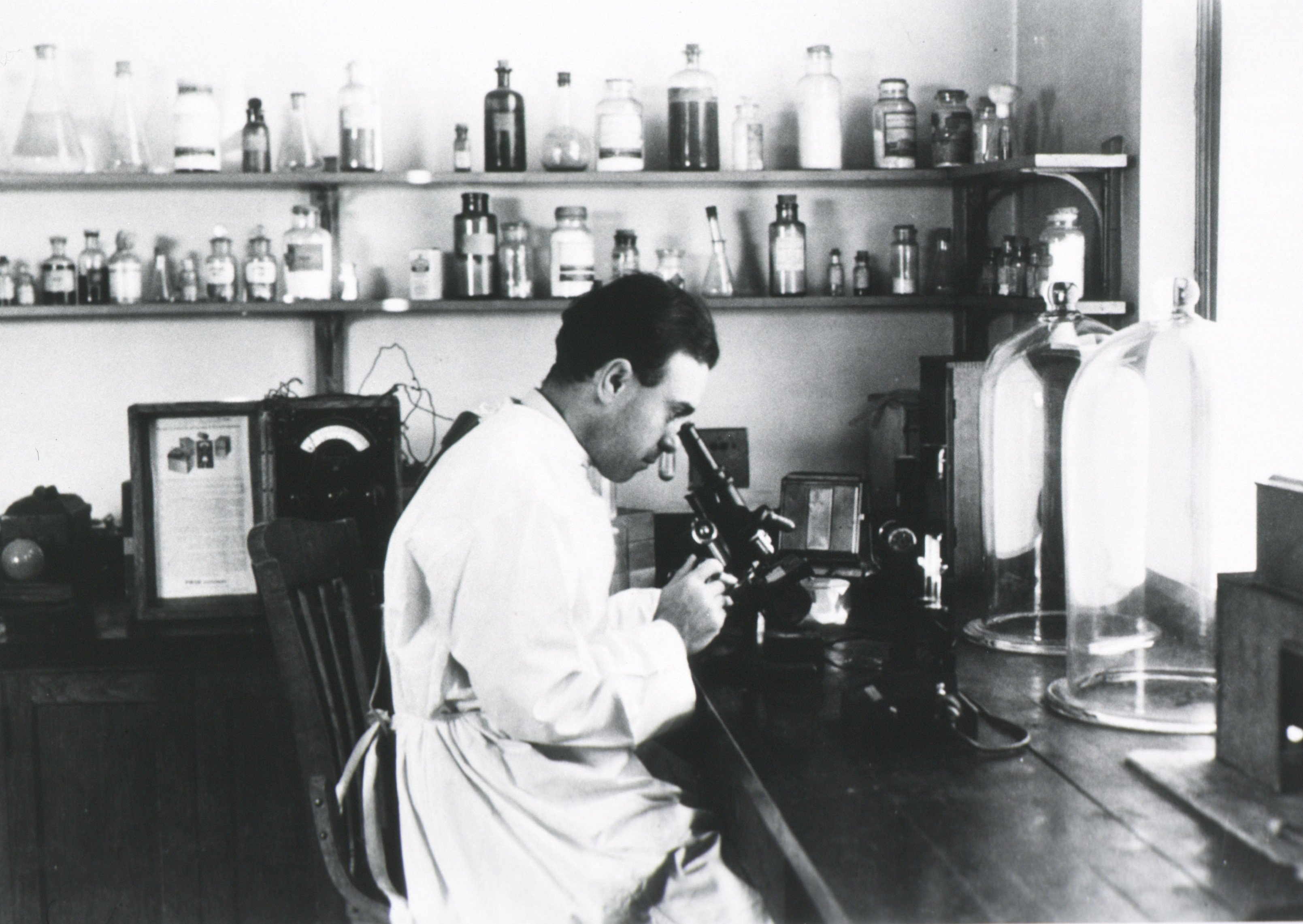 1938. Dr. Sanford Rosenthal's research on mercury poisoning in the American hat-making industry led him to develop a treatment for mercury poisoning.
