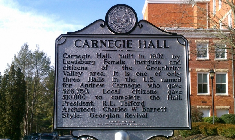 The historical marker outside Carnegie Hall.