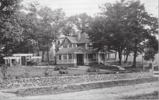 Washburn House/Inn at Ragged Gardens Image from Blowing Rock Revisited by Trent Margrif, 2015.