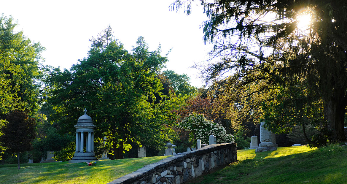 Woodlawn Cemetery and Arboretum