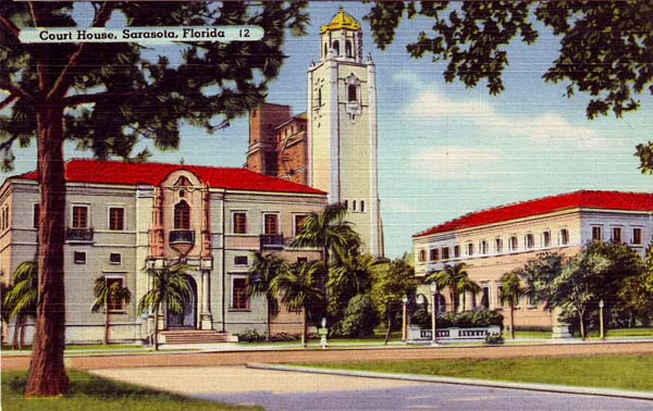 This postcard appears to date back to the era when the courthouse was constructed.