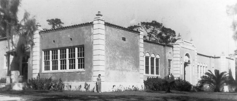 Window, House, Sash window, History