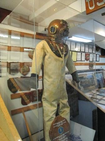 Old WWII deep-sea diving suit. Credit: Barbara B., TripAdvisor
