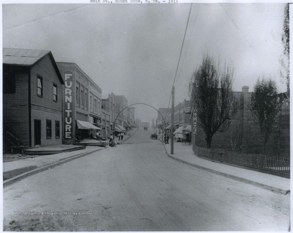 Main Street - 1915.