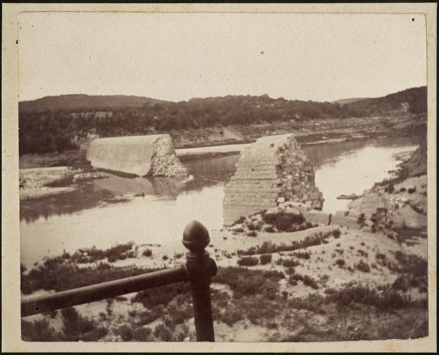 The first Austin Dam after being destroyed in a flood in 1900.