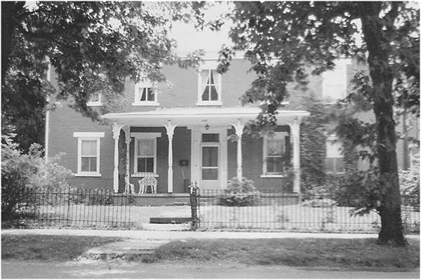 Miller Home in the 1970s. Courtesy of http://www.lostvillageofbarboursville.com/