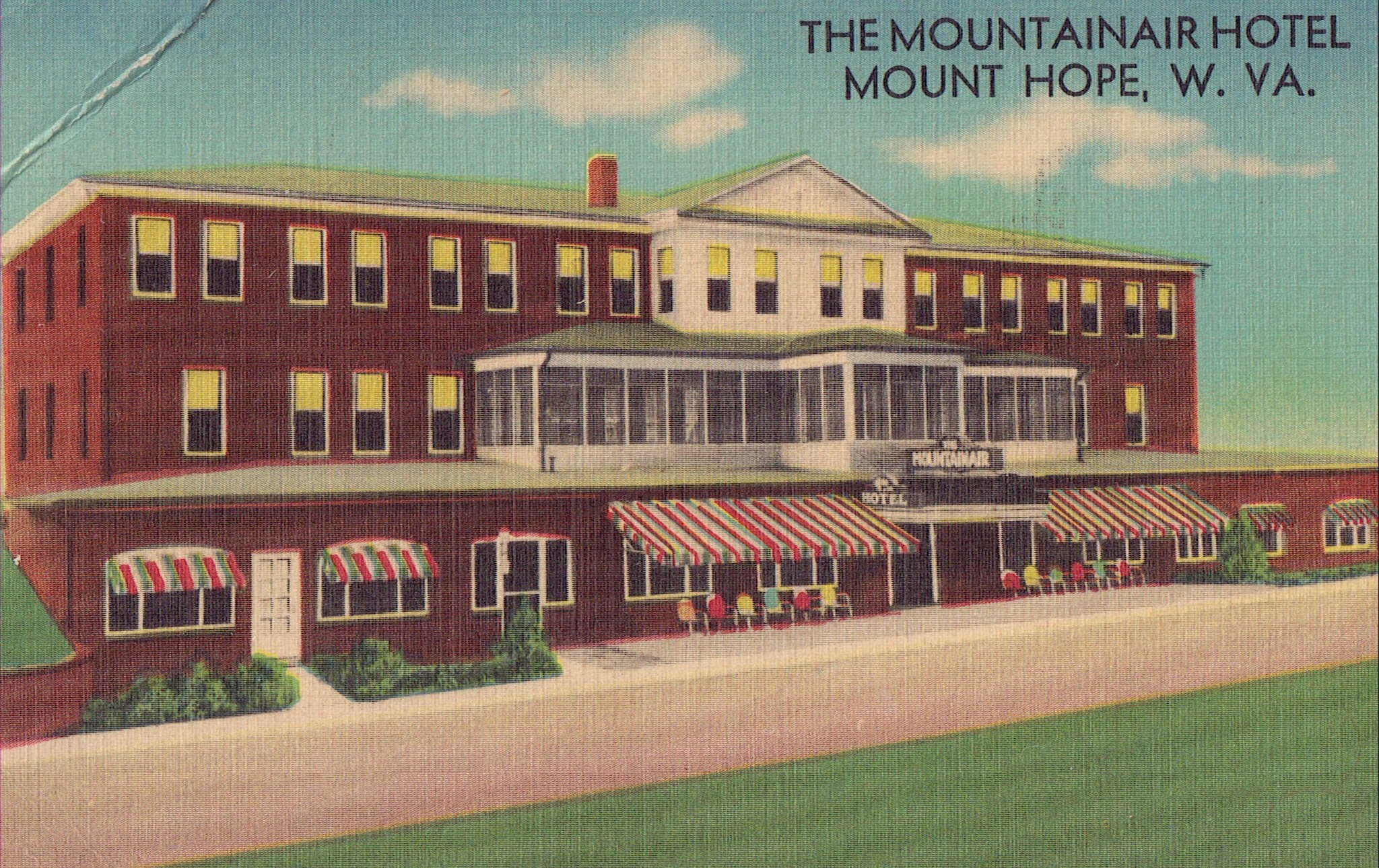 Postcard image of the Mountainair Hotel.