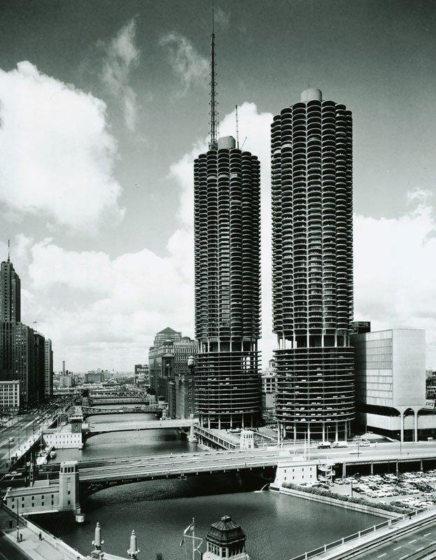 Early photo of Marina City.