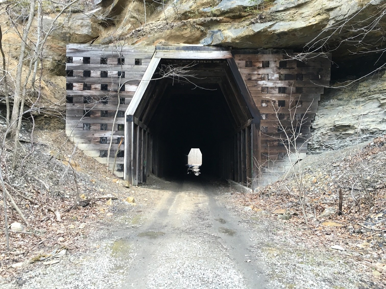 Length of tunnel from western opening, March 1, 2016