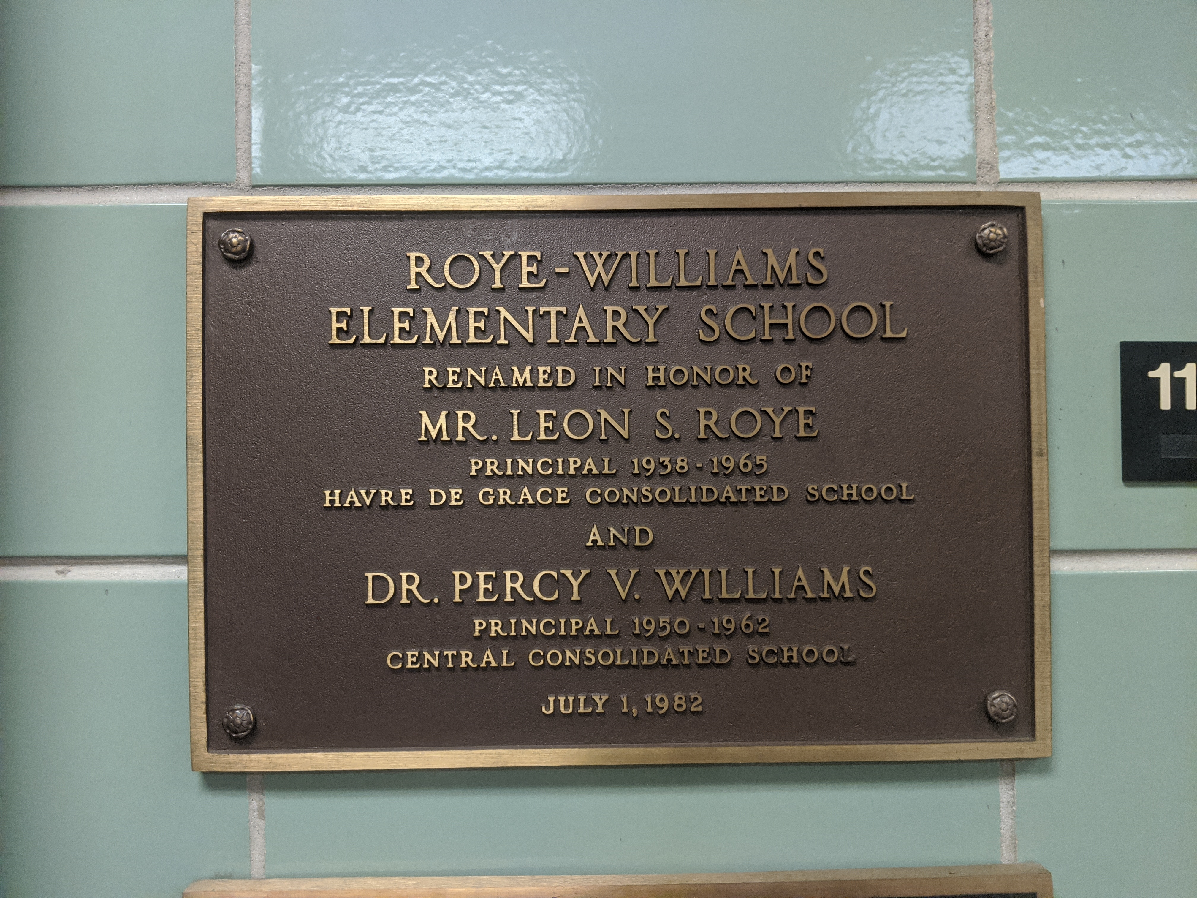 Plaque in dedication to Roye and Williams.