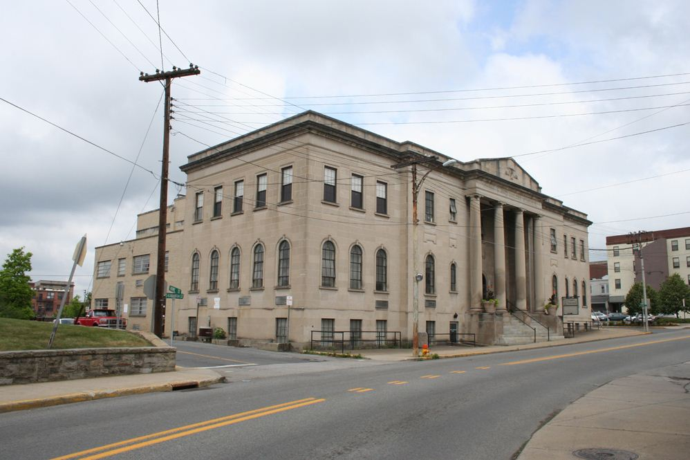 Over the years the building has served as a performing arts center, temporary courthouse, library, YMCA, and church. Image obtained from Locations Hub.