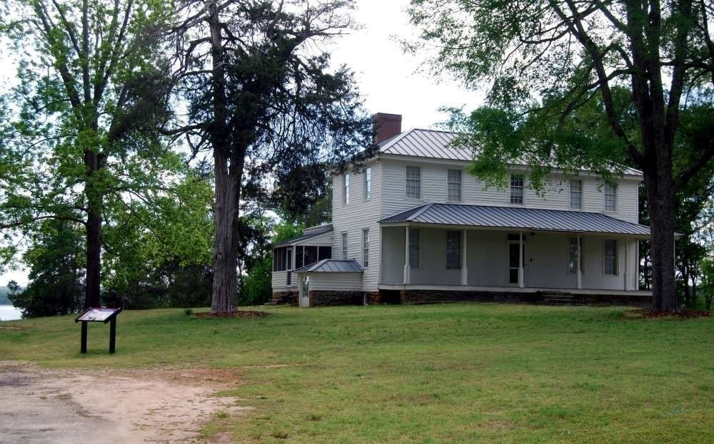 The Hopewell Plantation house was originally built around 1800 and expanded over time. It was the house of General Andrew Pickens, two governors, and one Congresswoman. The Hopewell Treaties were signed here.
