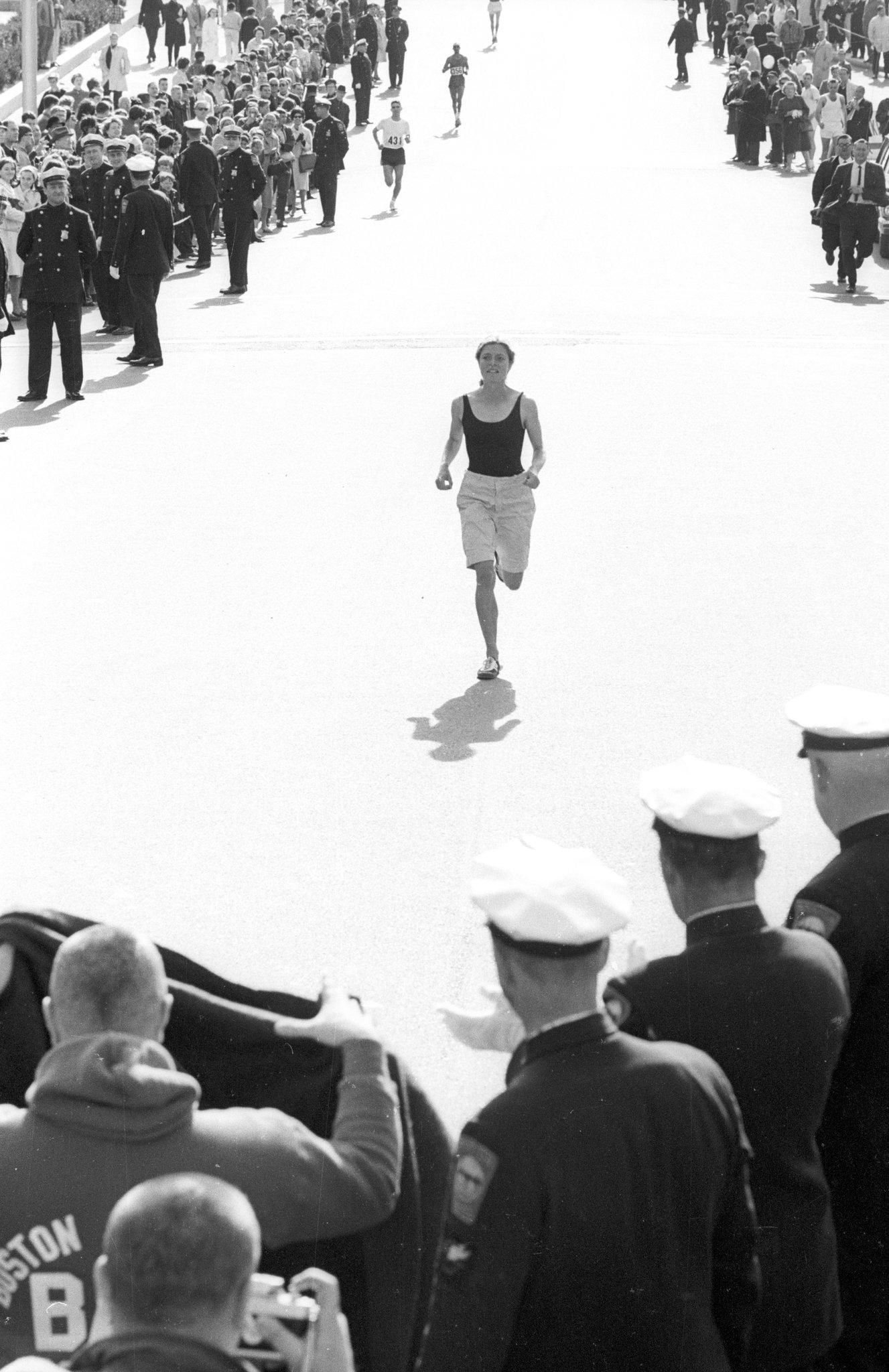 Bobbi Gibb running in her first Boston Marathon, 1966.