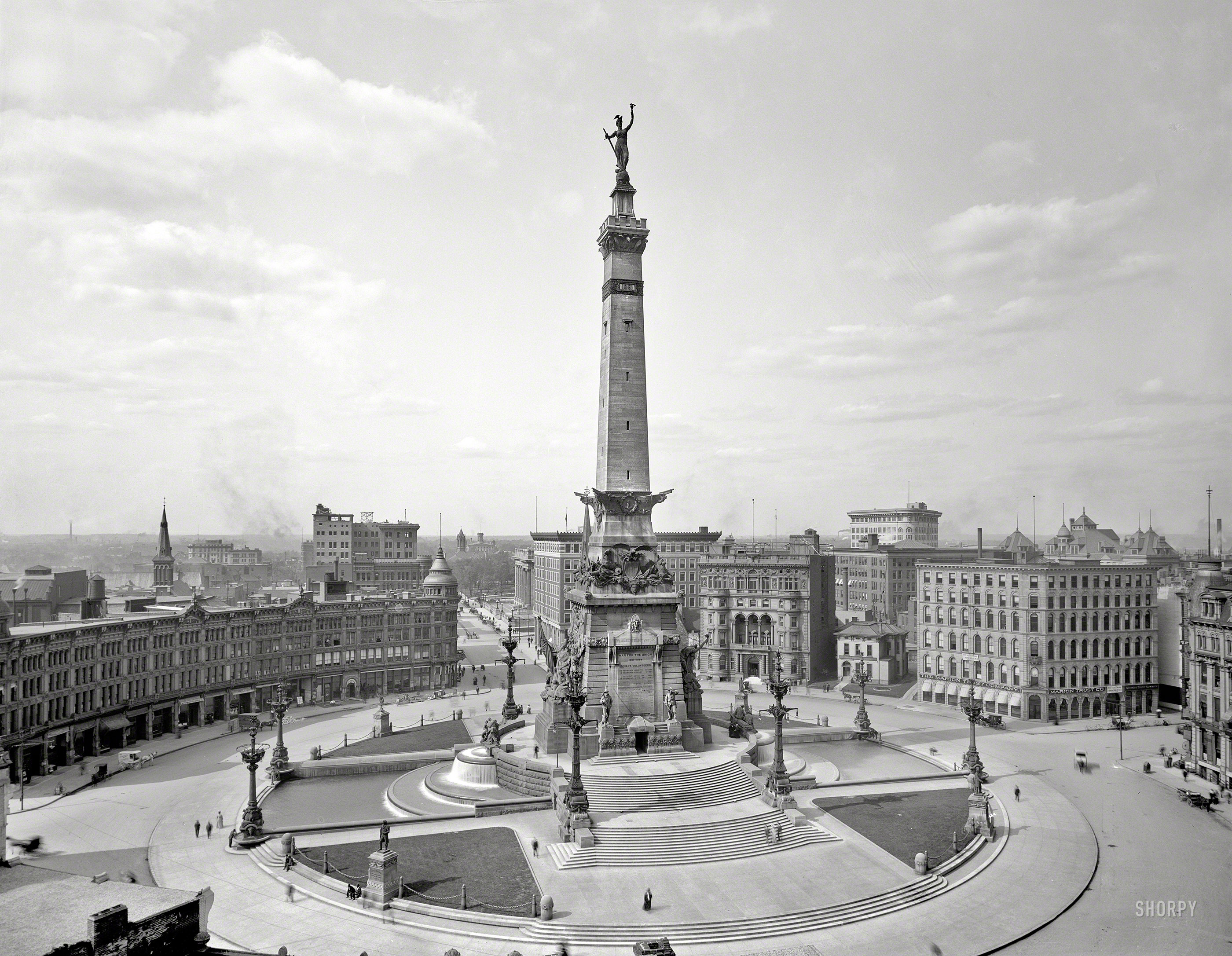 Soldiers & Sailors Monument, 1907