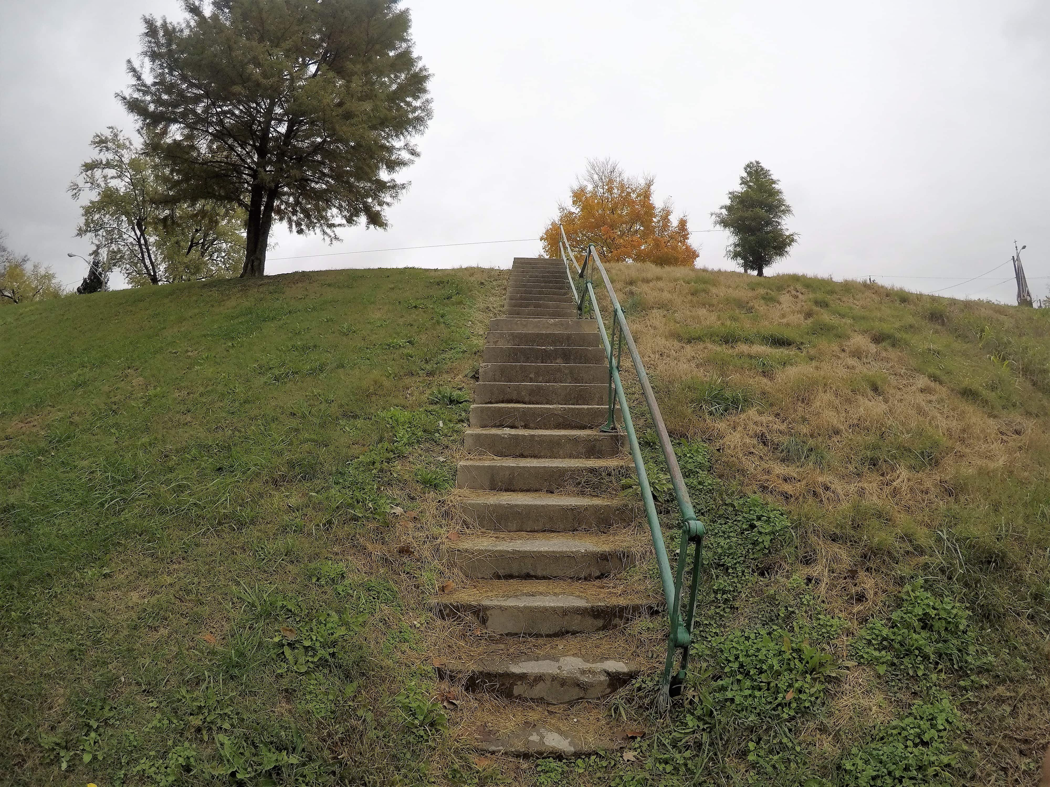 Fairbanks Avenue, leading to Price Hill, sits at the top of this staircase. Both Fairbanks Avenue and River Road were raised 15 feet to prevent flooding during improvements. The elevation of the roads is indicated here.
