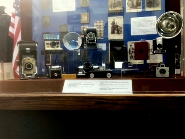 Audio equipment, Gadget, Table, Cameras & optics