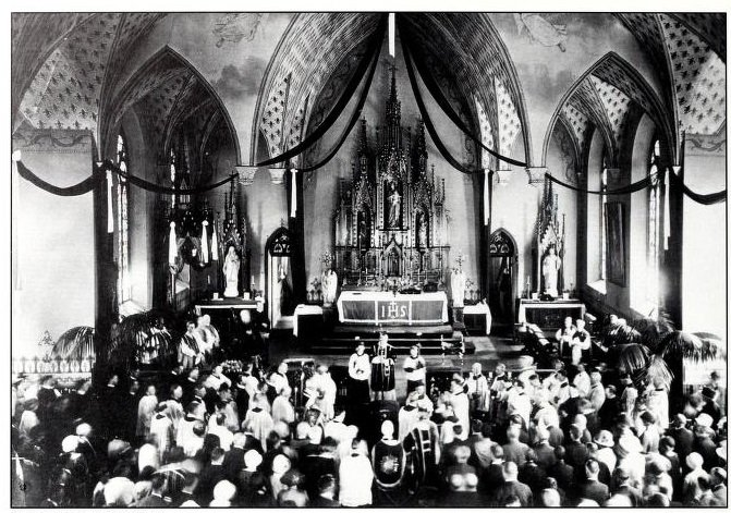 Interior of the Basilica during the funeral mass of Abbot Leo Haid, 1924. Source: Fr. Paschal Baumstein, Blessings in the Years to Come (1997).