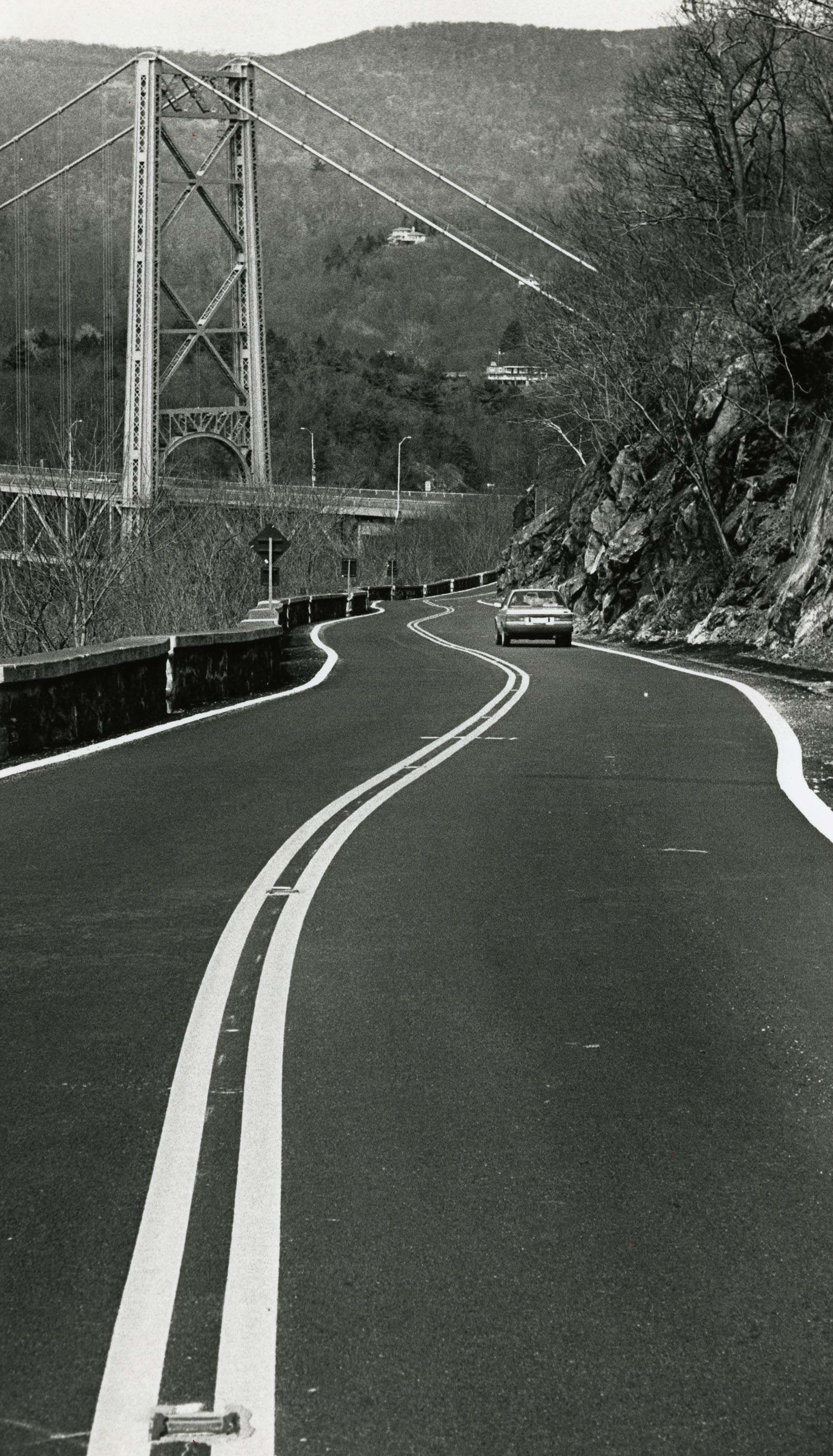 Looking north on Bear Mountain Road toward Bear Mountain Bridge in 1991.