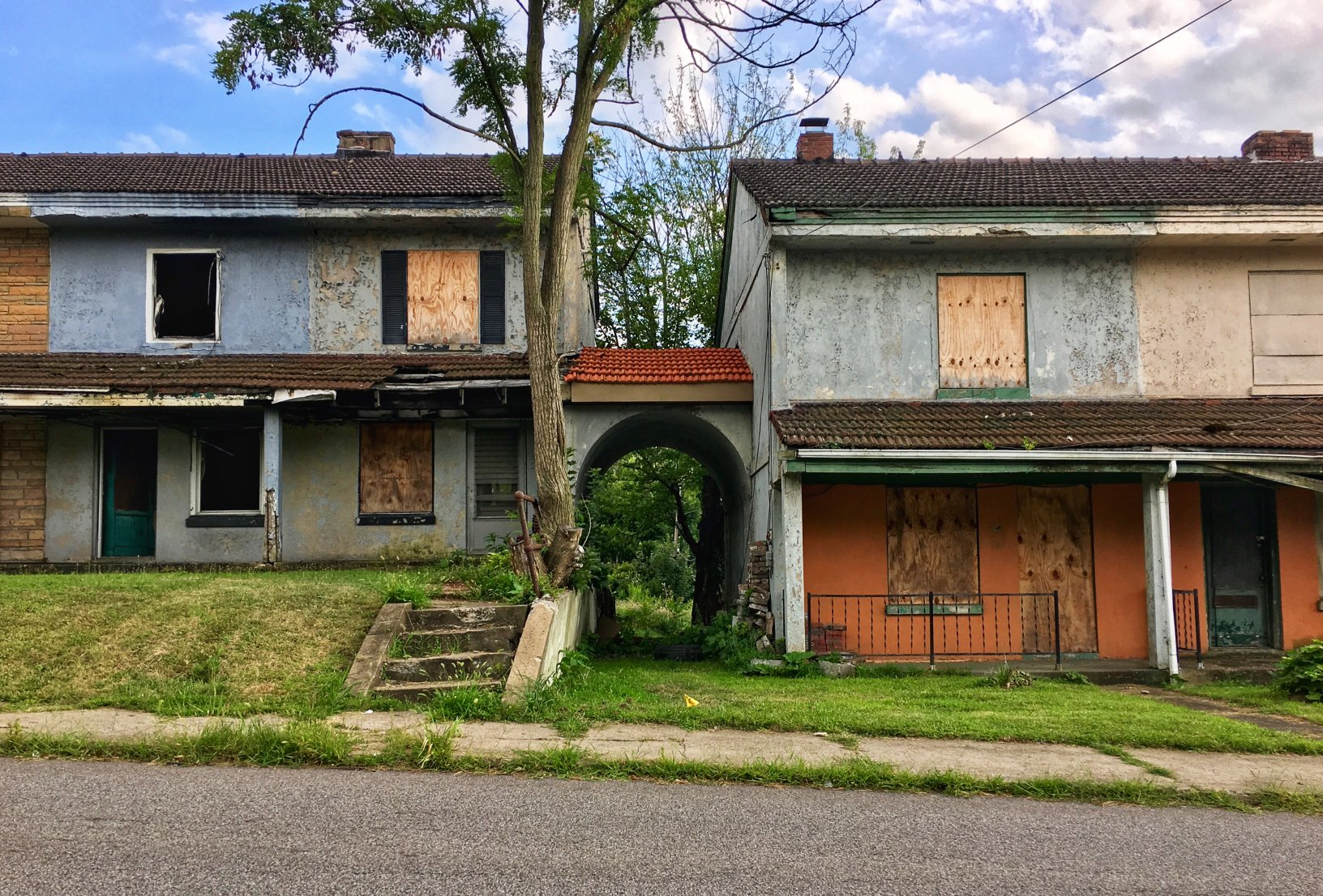 "In the decades after ""Black Monday,"" many houses in the Blackburn Plat was abandoned and vandalized. (Source: Kaeleigh Herstad/Rustbelt Anthro)"