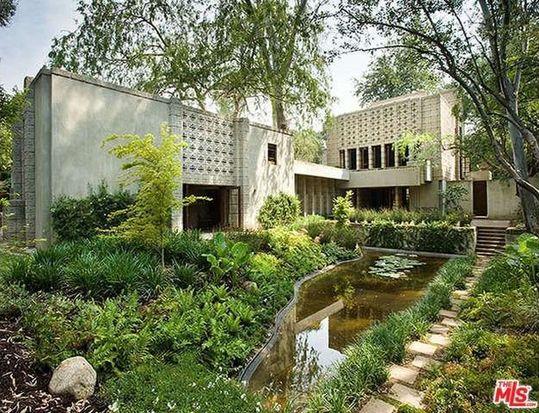 Exterior, Millard House, Pasadena.