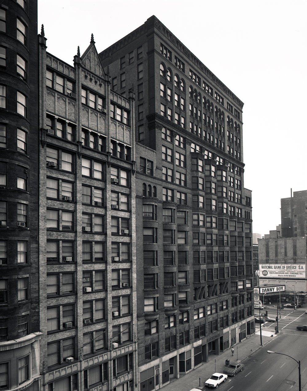 Black and white photo of the Manhattan Building