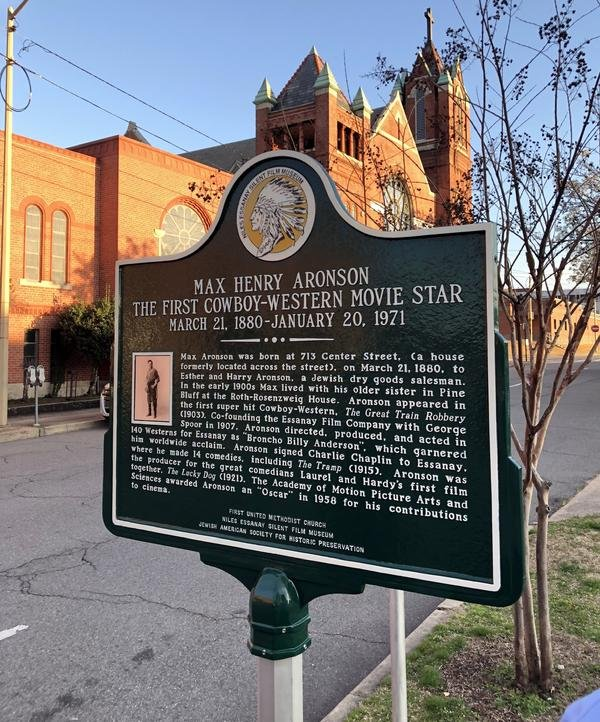 This historical marker was dedicated in 2016 as part of the Jewish American Society for Historic Preservation's efforts to commemorate the lives and history of Jewish Americans.