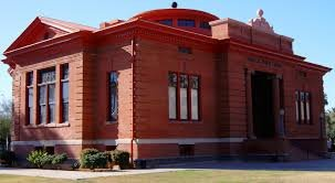 Side of Phoenix Carnegie Library. It stands on what was once known as Neahr's park.