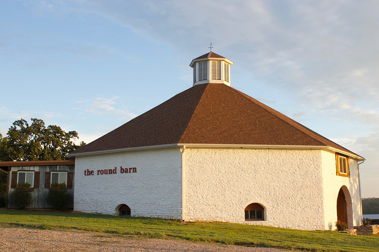 The Round Barn was built around 1899 by the Gilmore family. It is the biggest round-shaped barn in Missouri.