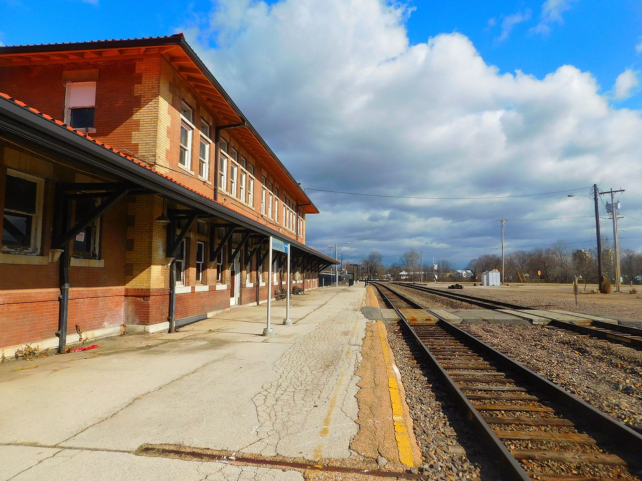 Poplar Bluff station was built in 1910 and operates as an Amtrak station today.