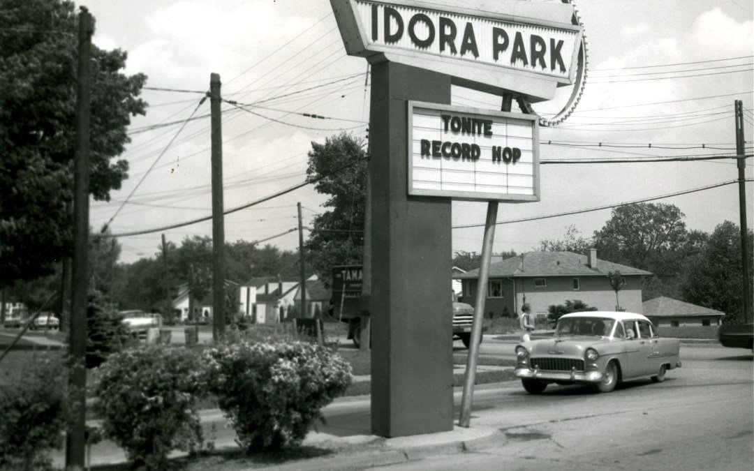 Idora Park sign advertising a sock-hop in the 1950s.