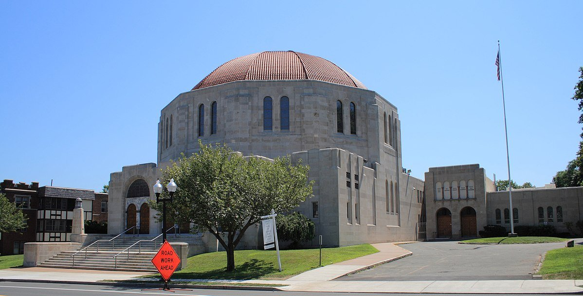 Temple Beth Israel was built in West Hartford during the 1930s when the congregation relocated to the suburbs.