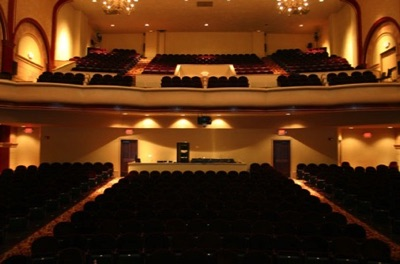 The theater was renovated in the mid-2000s.