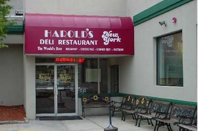 Harold's Deli Entrance