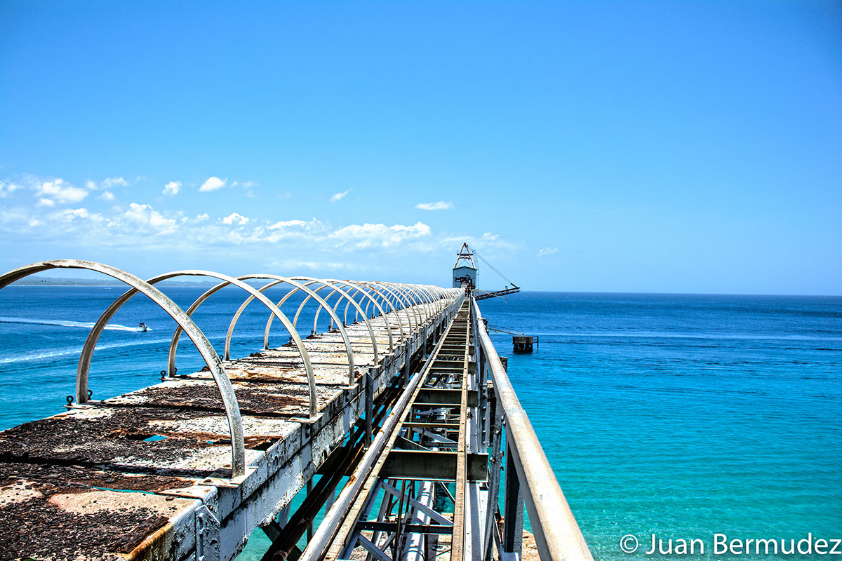 The Sugar Pier in Aguadilla has gained popularity on social networks for its panoramic and attractive views.