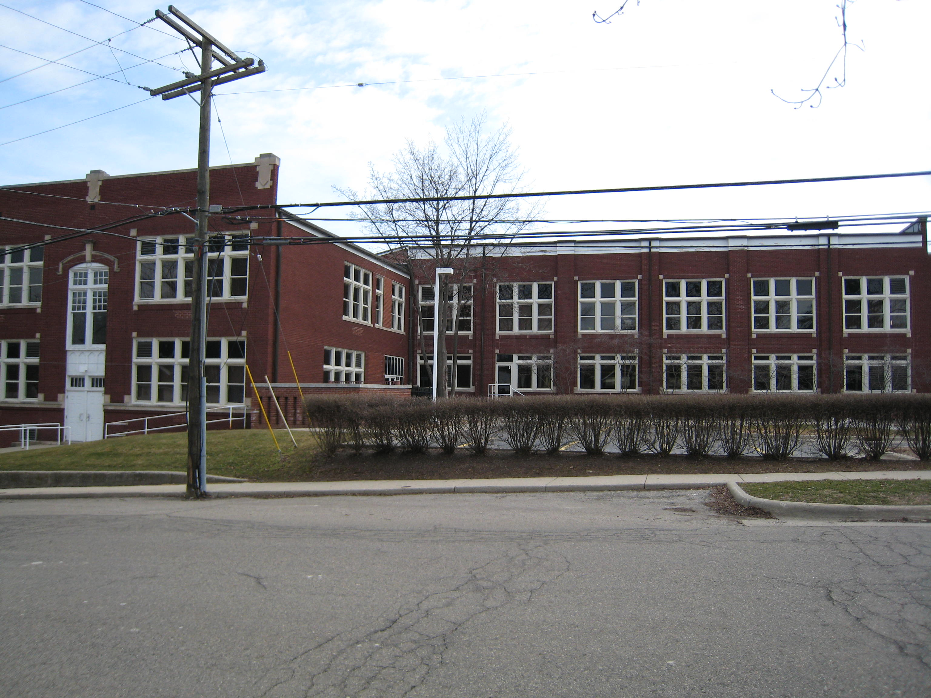 Rochester High School, 1916/1920 building, west elevation, 2011