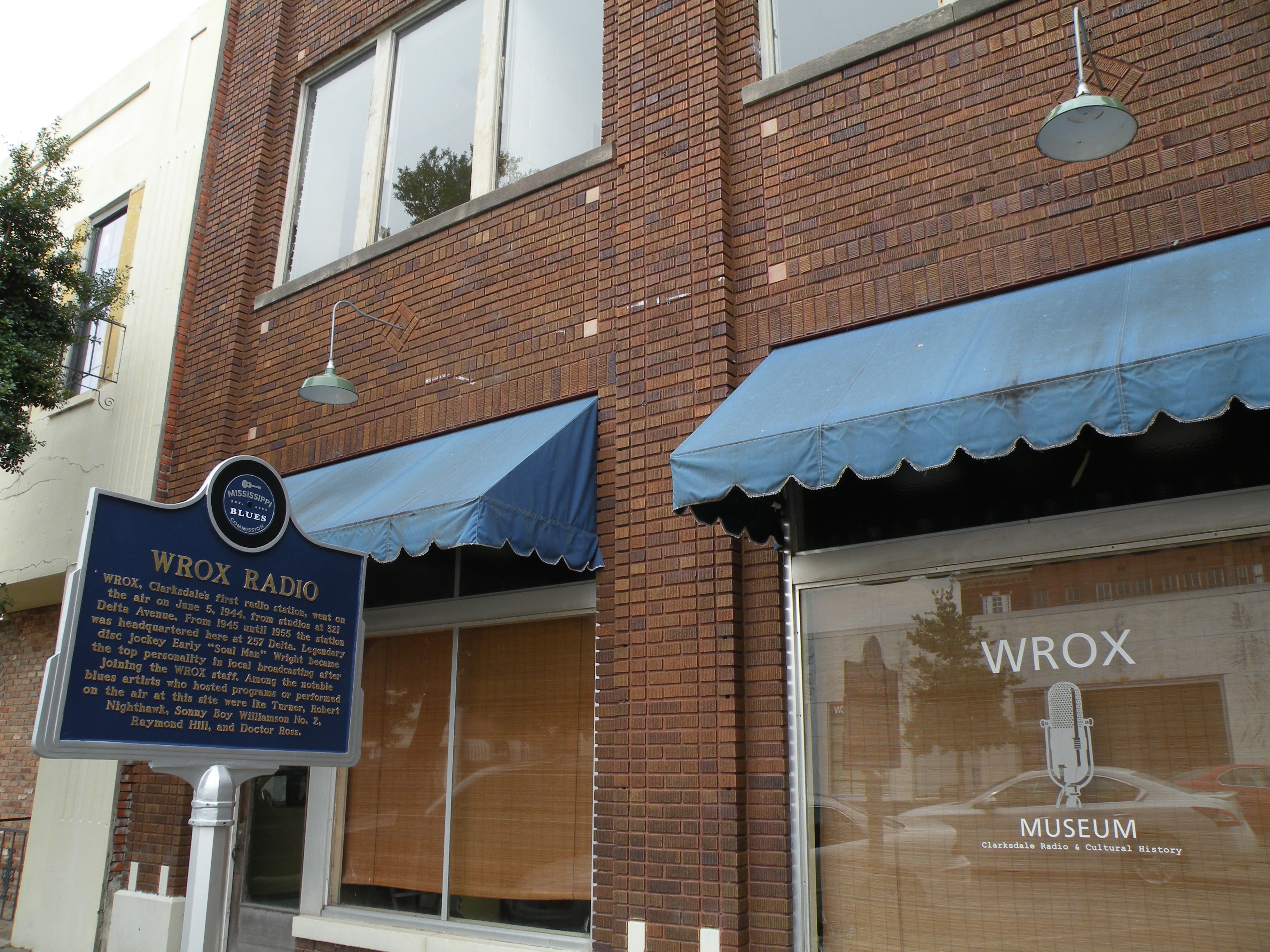 On the morning of June 5, 1944, Clarksdale's first radio station, the WROX, went on air in this building.
