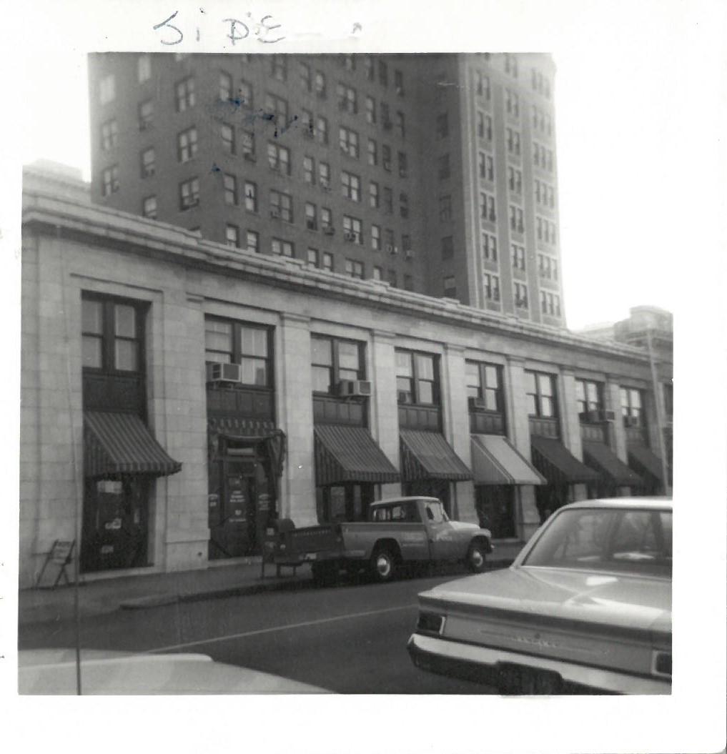 Union Savings Bank Bldg. c.1966